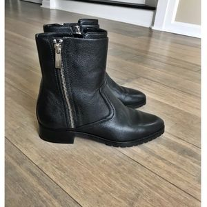 MICHAEL Michael Kors Andi Ankle Boots in Black